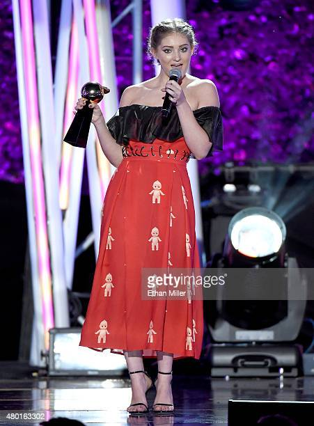 Actress Willow Shields accepts the Fandom of the Year Award for 'Hunger Games' during the MTV Fandom Fest San Diego ComicCon at PETCO Park on July 9...