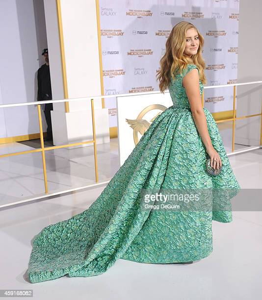 Actress Willow Shields arrives at the Los Angeles premiere of 'The Hunger Games Mockingjay Part 1' at Nokia Theatre LA Live on November 17 2014 in...