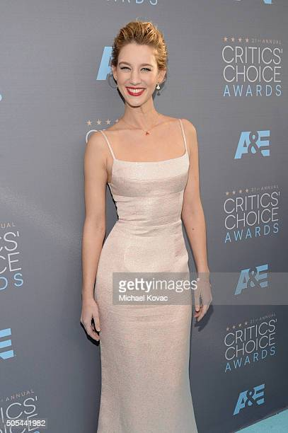 Actress Yael Grobglas attends the 21st Annual Critics' Choice Awards at Barker Hangar on January 17 2016 in Santa Monica California