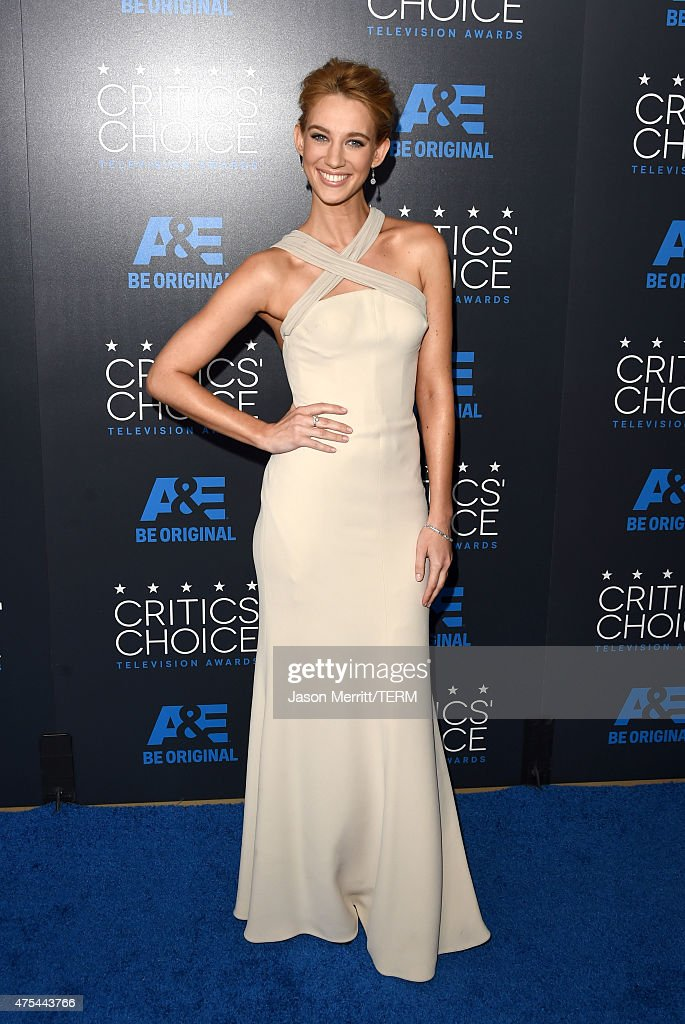 Actress Yael Grobglas attends the 5th Annual Critics' Choice Television Awards at The Beverly Hilton Hotel on May 31, 2015 in Beverly Hills, California.