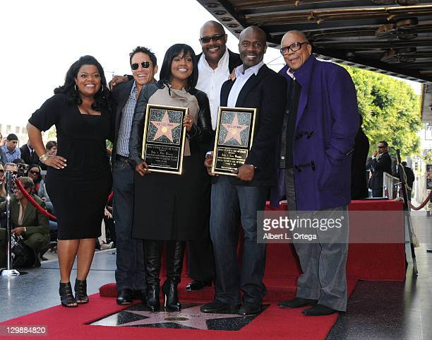 Actress Yvette Nicole Freeman musician Dave Koz singer CeCe Winans pastor Marvin Winans singer BeBe Winans and musician Quincy Jones attend the...