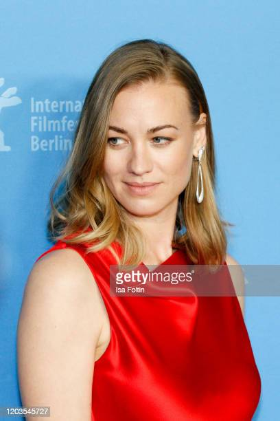 Actress Yvonne Strahovski poses at the Stateless premiere during the 70th Berlinale International Film Festival Berlin at Zoo Palast on February 26...