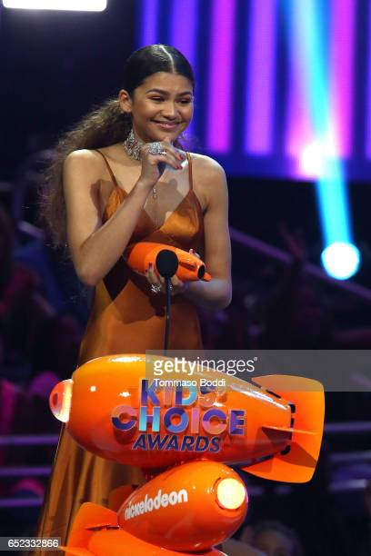 Actress Zendaya accepts Favorite TV Actress for 'KC Undercover' onstage at the Nickelodeon's 2017 Kids' Choice Awards at USC Galen Center on March 11...