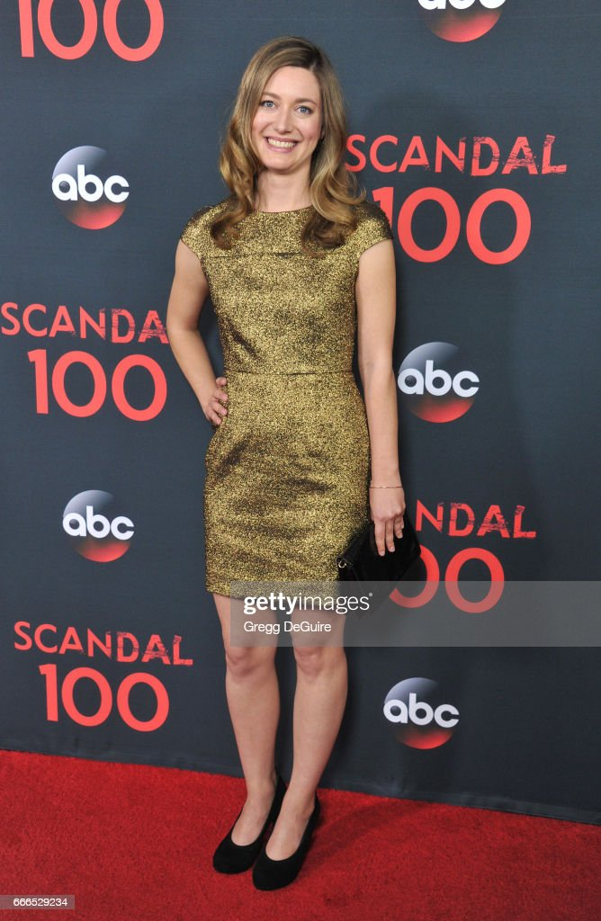 Actress Zoe Perry Arrives At Abc S Scandal 100th Episode