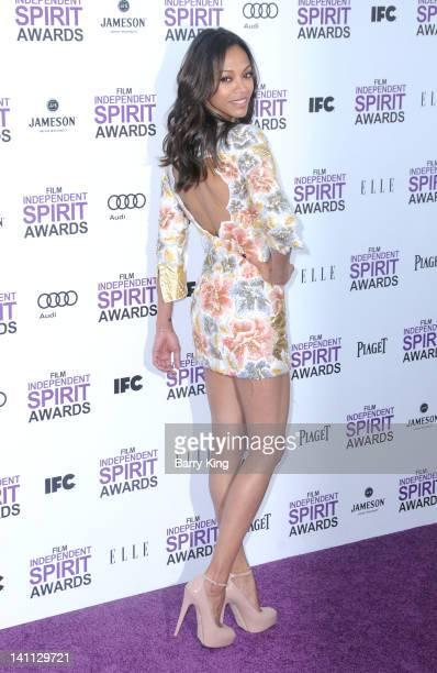 Actress Zoe Saldana arrives at the 2012 Film Independent Spirit Awards at Santa Monica Pier on February 25, 2012 in Santa Monica, California.