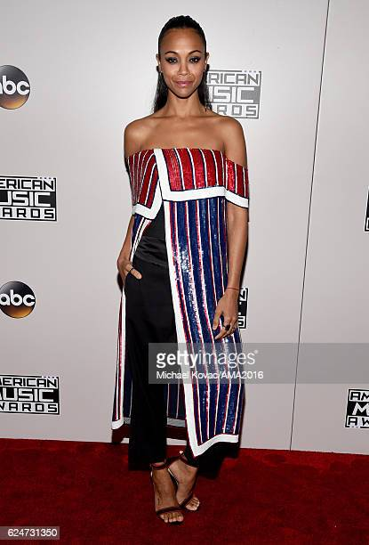 Actress Zoe Saldana attends the 2016 American Music Awards Red Carpet Arrivals sponsored by FIAT 124 Spider at Microsoft Theater on November 20 2016...