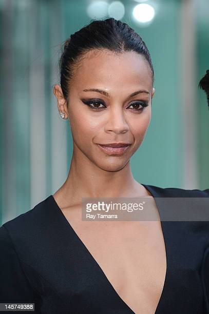 Actress Zoe Saldana enters the 2012 CFDA Fashion Awards at Alice Tully Hall on June 4, 2012 in New York City.
