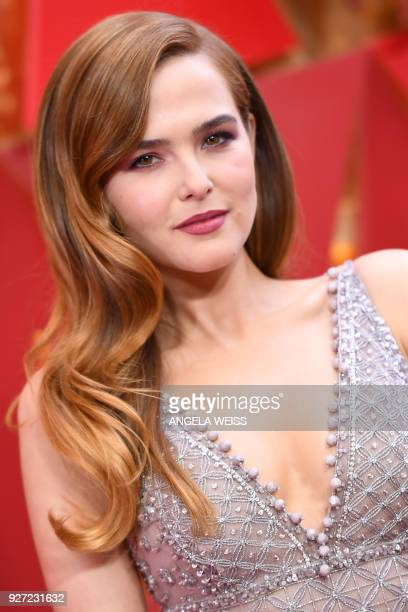 US actress Zoey Deutch arrives for the 90th Annual Academy Awards on March 4 in Hollywood California / AFP PHOTO / ANGELA WEISS