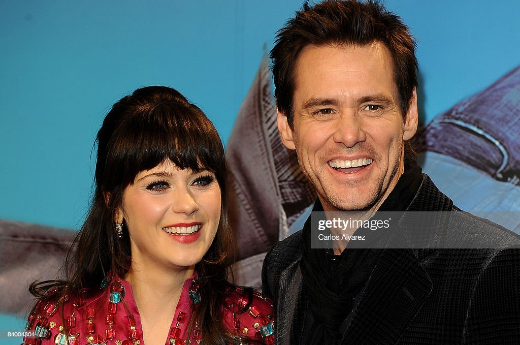 Actress Zooey Deschanel (L) and actor Jim Carrey attends the premiere of 'Yes Man' at Capitol Cinema December 11, 2008 in Madrid, Spain.