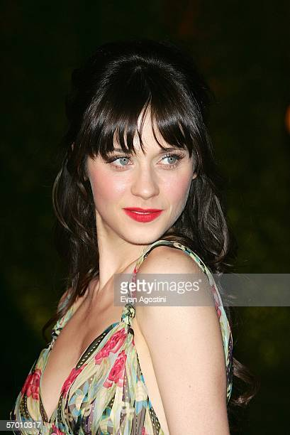 Actress Zooey Deschanel arrives at the Vanity Fair Oscar Party at Mortons on March 5 2006 in West Hollywood California