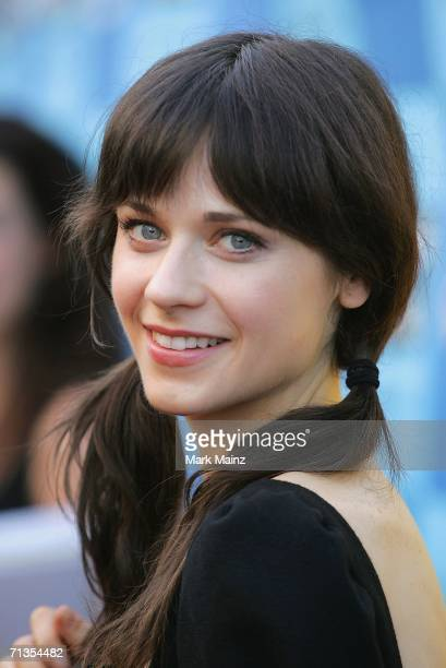 Actress Zooey Deschanel attends the LAFF closing night premiere of 'Little Miss Sunshine' at the Wadsworth Theatre on July 2 2006 in Brentwood...
