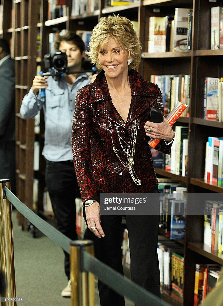Actress/author Jane Fonda arrives at Barnes & Noble Union Square to promote 'Prime Time: Making The Most Of All Of Your Life' at Barnes & Noble Union Square on August 10, 2011 in New York City.