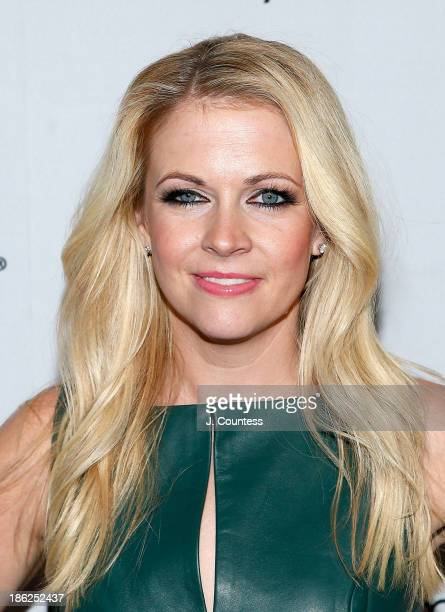 Actress/author Melissa Joan Hart poses for a photo at the Melissa Explains It All Tales from My Abnormally Normal Life book launch party at Monkey...