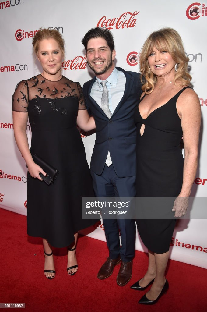 Actress/comedian Amy Schumer, director Jonathan Levine, and actress/producer Goldie Hawn, recipient of the Cinema Icon Award, attend the CinemaCon Big Screen Achievement Awards brought to you by the Coca-Cola Company at Omnia Nightclub at Caesars Palace during CinemaCon, the official convention of the National Association of Theatre Owners, on March 30, 2017 in Las Vegas, Nevada.
