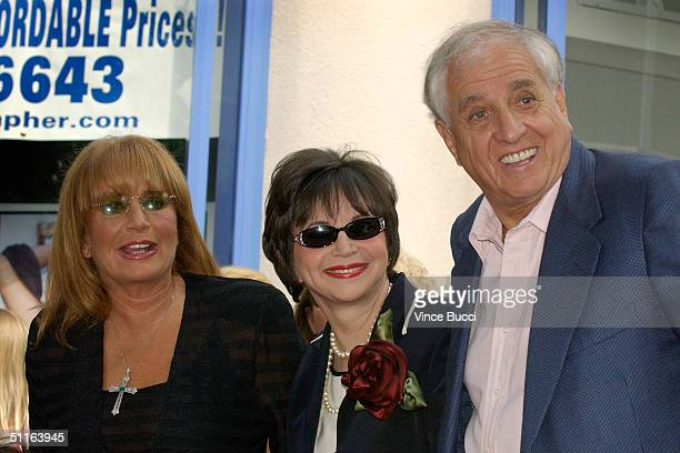 Actressdirector Penny Marshall actress Cindy Williams and director Garry Marshall pose at ceremony honoring the two actresses with a star on the...