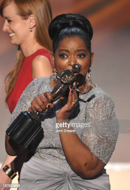 Actresses Ahna O'Reilly and Octavia Spencer speak onstage during The 18th Annual Screen Actors Guild Awards broadcast on TNT/TBS at The Shrine...