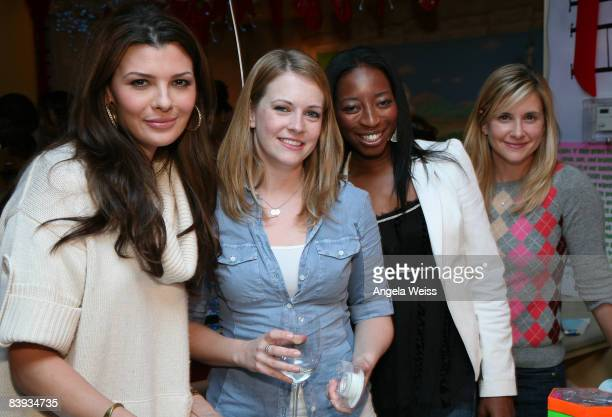 Actresses Ali Landry Melissa Joan Hart Dawn Ballard and Kellie Martin attend the Baskin Robbins Wrapped With A Bow event at Giggles 'n' Hugs on...