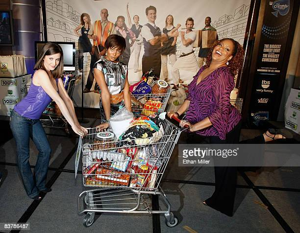 Actresses Alison Brie Eva Marcille and Kim Coles appear in the 10 Items or Less celebrity bagging competition during The Comedy Festival at Caesars...