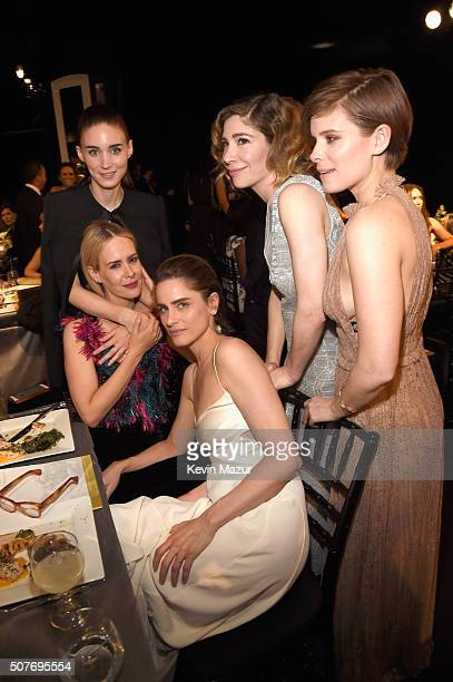 Actresses Amanda Peet Sarah Paulson Rooney Mara Carrie Brownstein and Kate Mara attend The 22nd Annual Screen Actors Guild Awards at The Shrine...