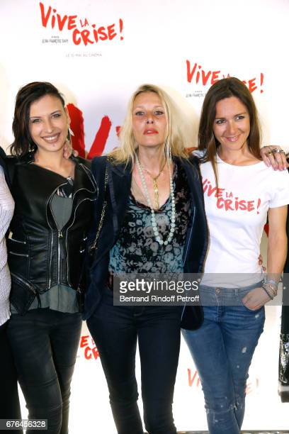 Actresses Amel Annoga Florence Thomassin and Emmanuelle Boidron attend the 'Vive la Crise' Paris Premiere at Cinema Max Linder on May 2 2017 in Paris...