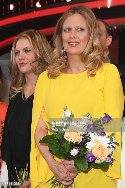Actresses Anna Loos and Barbara Schoeneberger pose at a photo call for the Das Erste television network program 'Klein Gegen Gross' on April 21 2013...