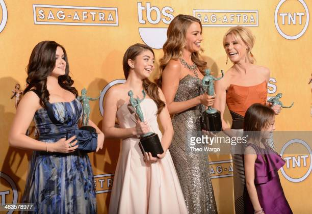 Actresses Ariel Winter Sarah Hyland Sofía Vergara Julie Bowen and Aubrey AndersonEmmons pose for a portrait during 20th Annual Screen Actors Guild...