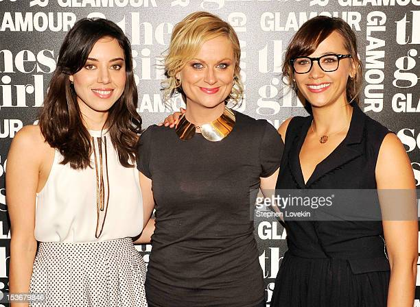 Actresses Aubrey Plaza Amy Poehler and Rashida Jones of Parks and Recreation attend Glamour Presents These Girls at Joe's Pub on October 8 2012 in...