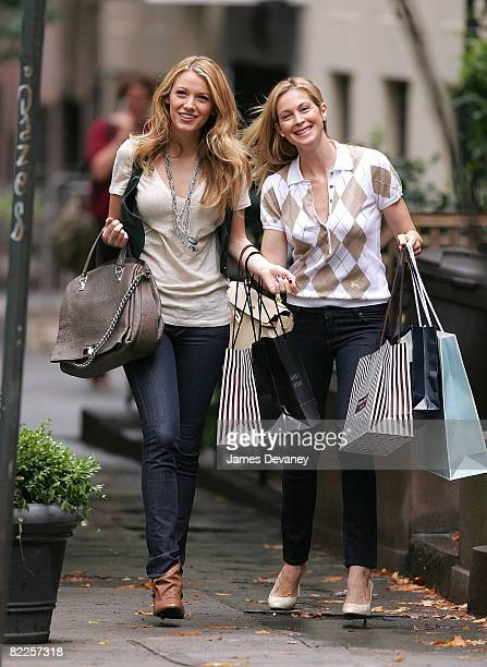 Actresses Blake Lively and Kelly Rutherford are seen on location for 'Gossip Girl' August 11 2008 in the Brooklyn borough of New York City