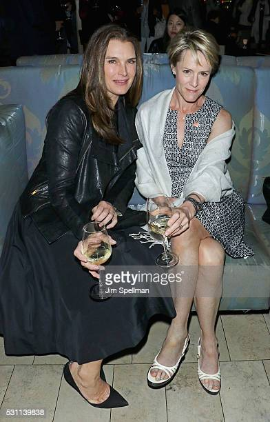 Actresses Brooke Shields and Mary Stuart Masterson attend the reception for the New York premiere of EPIX's 'Under The Gun' at Lincoln on May 12 2016...