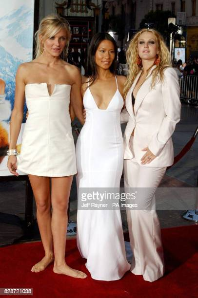 Actresses Cameron Diaz, Lucy Liu and Drew Barrymore arriving for the premiere of Charlie's Angels 2: Full Throttle at the Grauman's Chinese Theatre,...