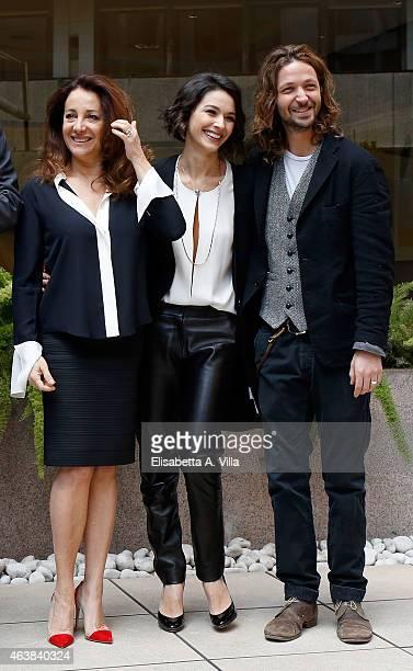 Actresses Carla Signoris and Nicole Grimaudo pose with actor and director Silvio Muccino during the 'Le Leggi Del Desiderio' photocall at Visconti...