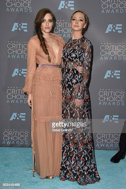 Actresses Carly Chaikin and Portia Doubleday from Mr Robot winner of the award for Best Drama Series poses in the press room during the 21st Annual...