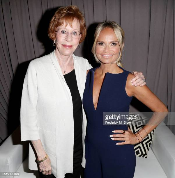 Actresses Carol Burnett and Kristin Chenoweth attend AFI's Conservatory Commencement Ceremony at the TCL Chinese Theatre on June 5 2017 in Hollywood...