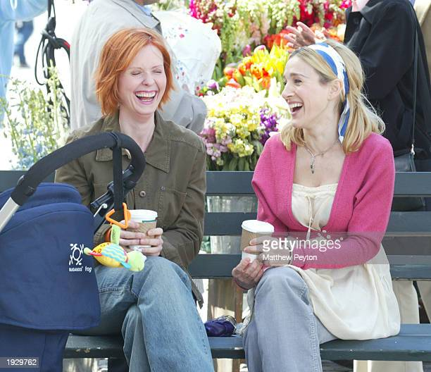 Actresses Cynthia Nixon and Sarah Jessica Parker film a scene from 'Sex and the City' in Lincoln Square April 14 2003 in New York City