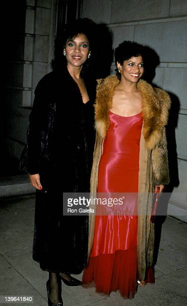 Actresses Debbie Allen and Phylicia Rashad attenidng The Kennedy Center Honors Awards on December 2 1984 at the Kennedy Center in Washington DC