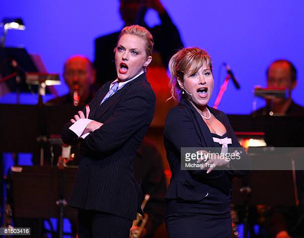 Actresses Elaine Hendrix and Lisa Ann Walter perform at the What A Pair 6 a celebrity concert benefiting The John Wayne Cancer Institute at St John's...