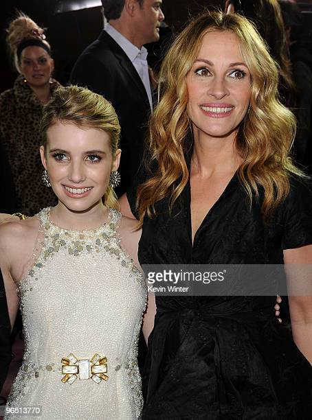 Actresses Emma Roberts and Julia Roberts arrive at the premiere of New Line Cinema's Valentine's Day held at Grauman's Chinese Theatre on February 8...