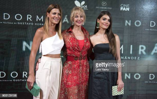 Actresses Eugenia Tobal Eva De Dominici and Belen Rueda attend the 'No Dormiras' premiere at the Hoyts Dot Baires cinema on January 9 2018 in Buenos...