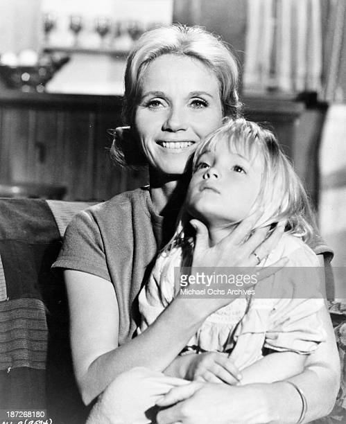 Actresses Eva Marie Saint and Cindy Putnam on set of the movie The Russians Are Coming the Russians Are Coming in 1966