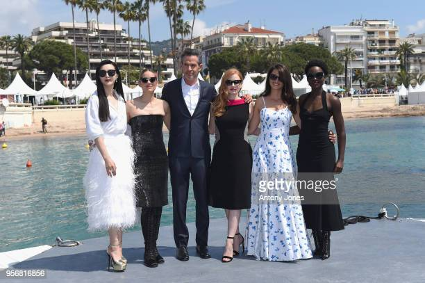Actresses Fan Bingbing Marion Cotillard director Simon Kinberg with actresses Jessica Chastain Penelope Cruz and Lupita Nyong'o attend the photocall...