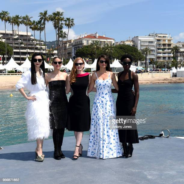 Actresses Fan Bingbing Marion Cotillard Jessica Chastain Penelope Cruz and Lupita Nyong'o attend the photocall for 355 during the 71st annual Cannes...