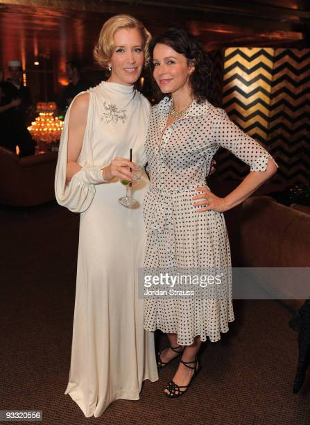 COVERAGE*** Actresses Felicity Huffman and Jennifer Grey attend 'A Diamond Is Forever and Vanity Fair Host An Evening with Felicity Huffman' at...