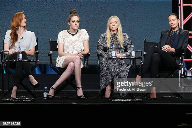 Actresses Grace Gummer Carly Chaikin Portia Doubleday and Stephanie Corneliussen speak onstage at the 'Decoding Season_20 With the Women of Mr Robot'...