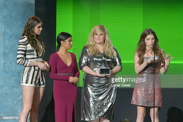 Actresses Hailee Steinfeld Chrissie Fit Rebel Wilson and Anna Kendrick speak onstage during the 2015 American Music Awards at Microsoft Theater on...