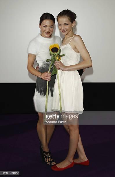 Actresses Hannah Herzsprung and Lisa Vicari attend 'Hell' German premiere on September 15 2011 in Berlin Germany