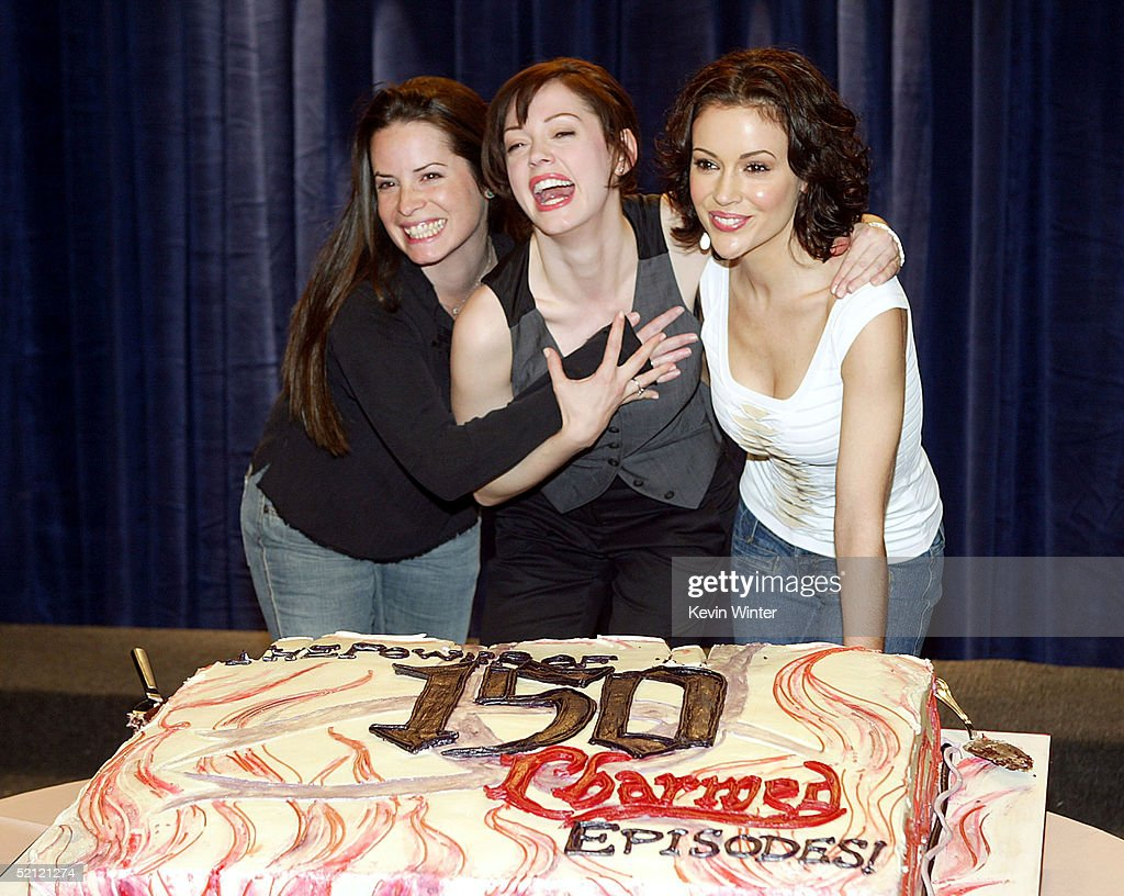 """The WB's """"Charmed"""" 150th Episode Cake Cutting : News Photo"""