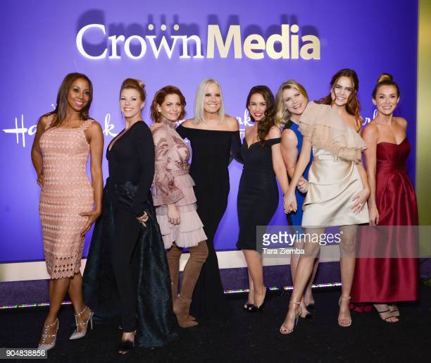 Actresses Holly Robinson Peete, Jodie Sweetin, Candace Cameron Bure, Michelle Vicary, VP, Programming and Network Publicity, Crown Media Family...