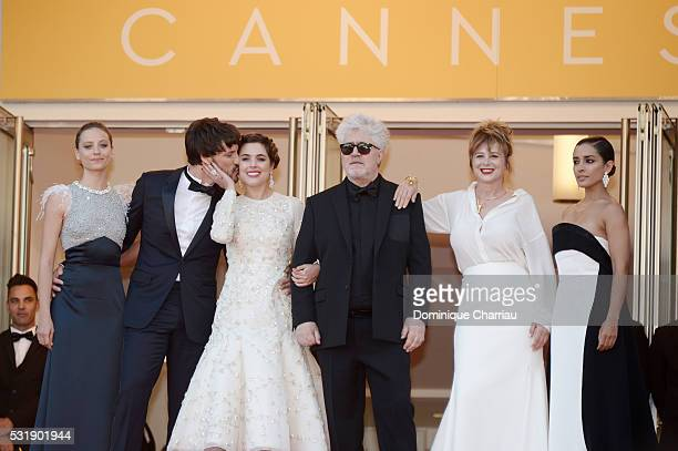Actresses Inma Cuesta Emma Suarez Director Pedro Almodovar actress Adriana Ugarte actor Daniel Grao and actress Michelle Jenner attend the 'Julieta'...