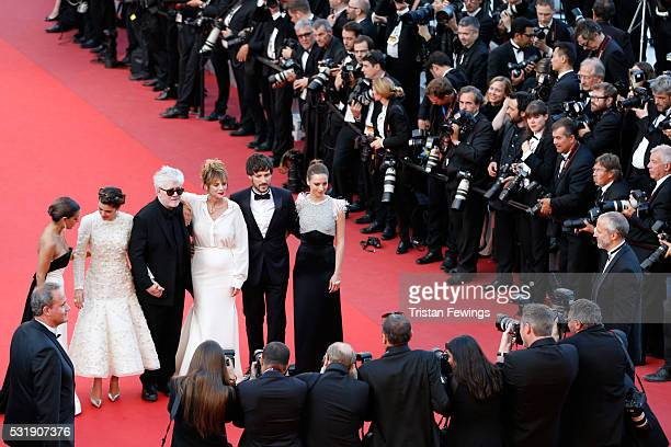 Actresses Inma Cuesta Emma Suarez Director Pedro Almodovar actress Adriana Ugarte actor Daniel Grao and actress Michelle Jenner attend the 'Julieta'...