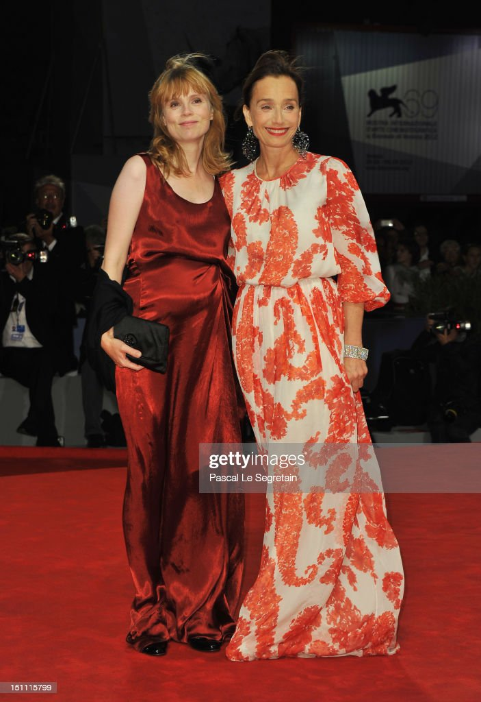 Actresses Isabelle Carre and Kristin Scott Thomas attend the 'Cherchez Hortense' Premiere during The 69th Venice Film Festival at the Palazzo del Cinema on September 1, 2012 in Venice, Italy.